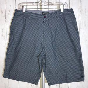Men's Hang Ten Shorts Size 34